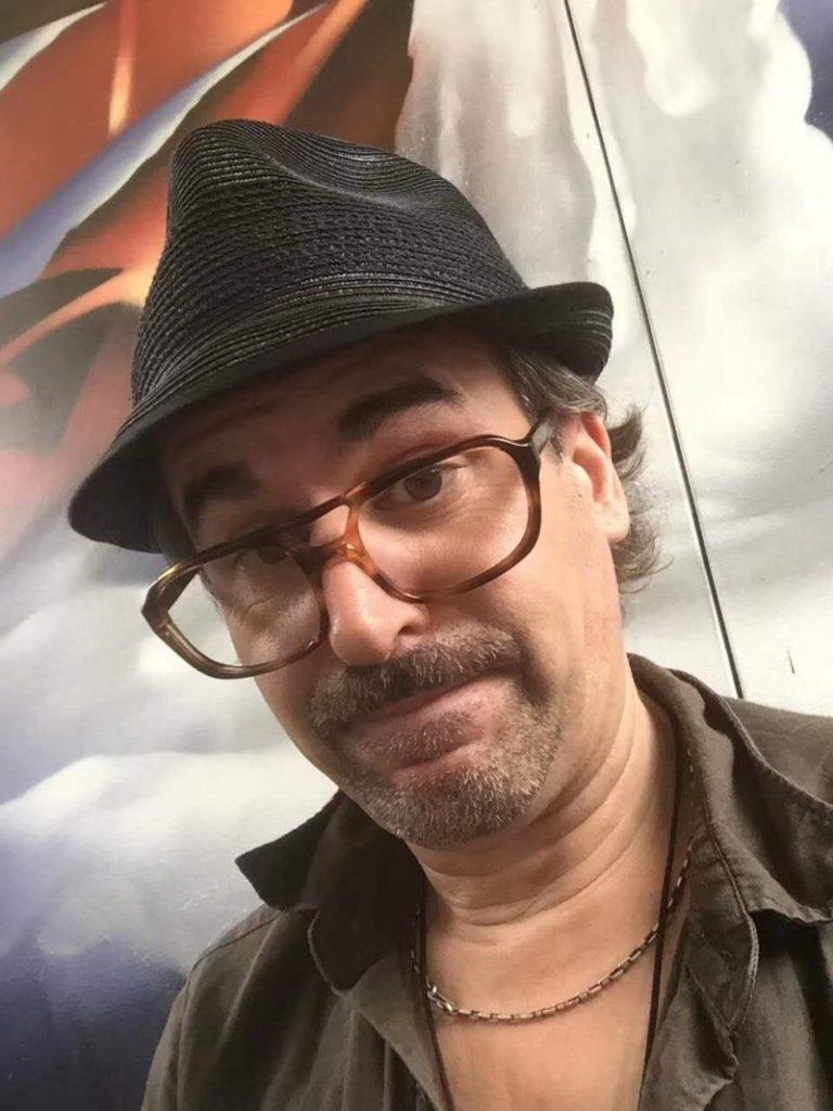 Volker Helfrich est un comédien allemand francophone