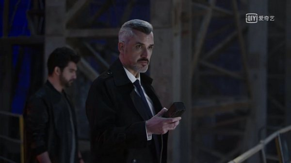 Igor dans une scène de Chosen 2